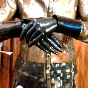 Видео: Rubber gloves